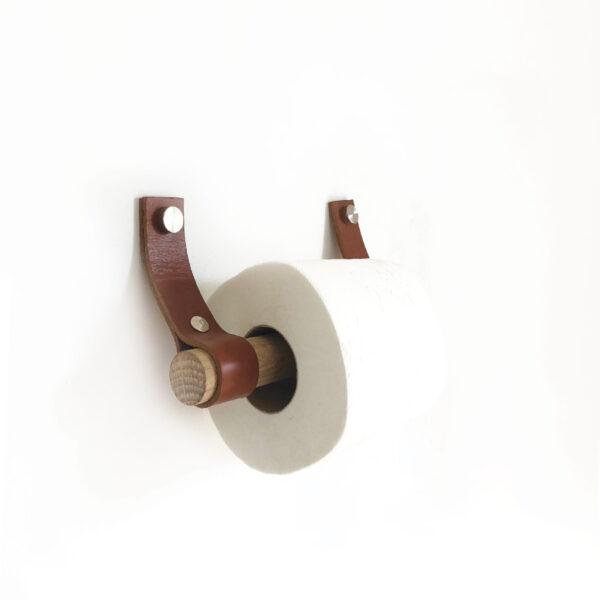 daneo_toiletpapirrulle_egetræ_cognac_pynt3